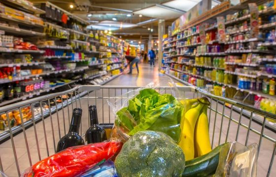 How to Grocery Shop Without Stress Spiraling